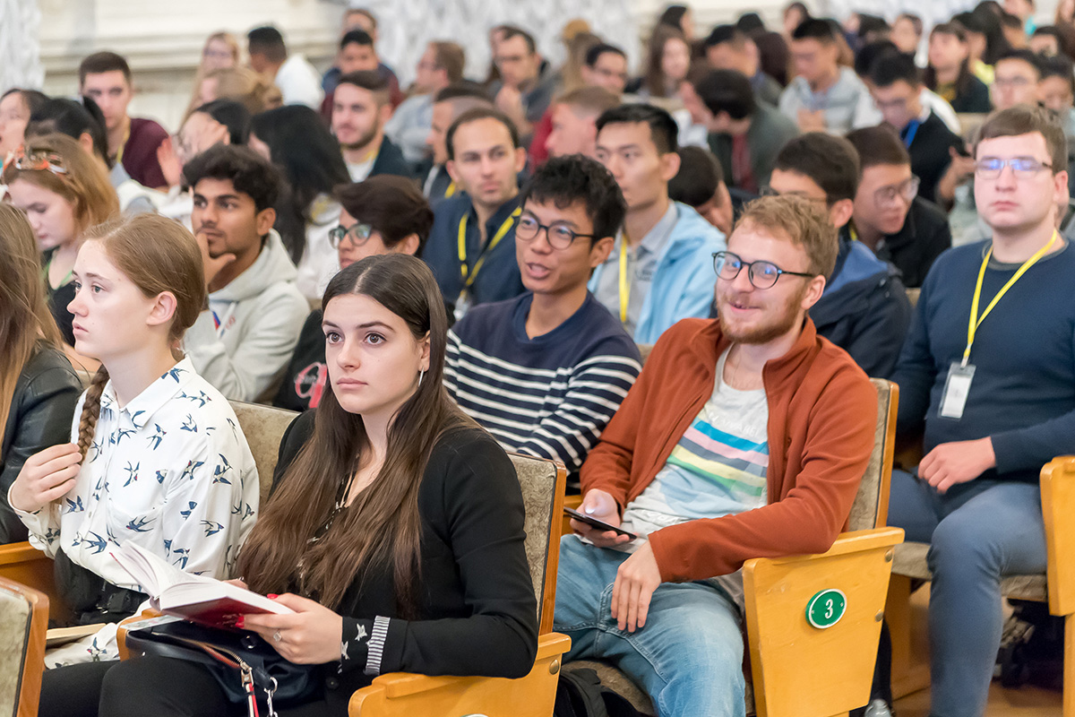 About 500 Russian and foreign students attended the opening ceremony of the International Polytechnic Summer School.