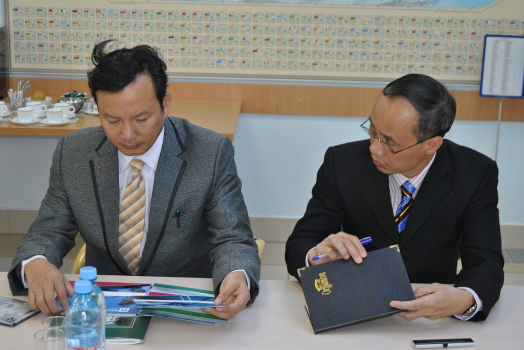 Representatives of Le Quy Don Vietnamese State Technical University Visited SPbPU