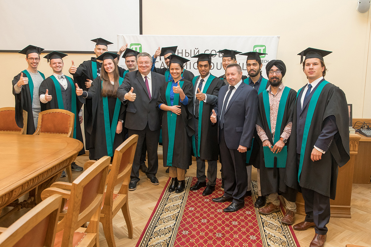 "Rector of SPbPU, Academician of RAS, A.I. RUDSKOI congratulated the graduates of the ""Intelligent systems"" international educational program"