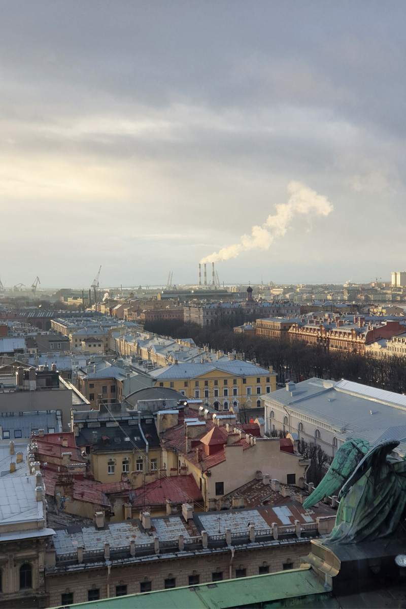The Australian student took many photographs of the city and its surroundings while walking around St. Petersburg