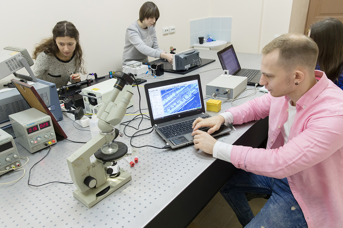 SPbPU launches new international Master's degree program Laser and Fiber Optic Systems