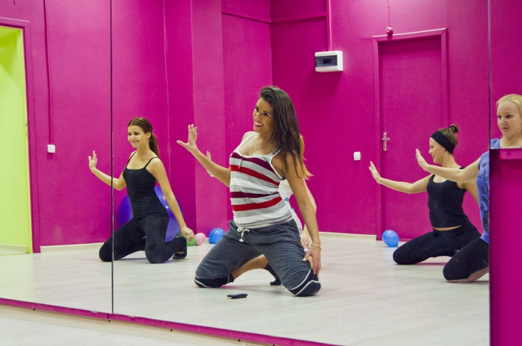 Something amateur dancer lap student can