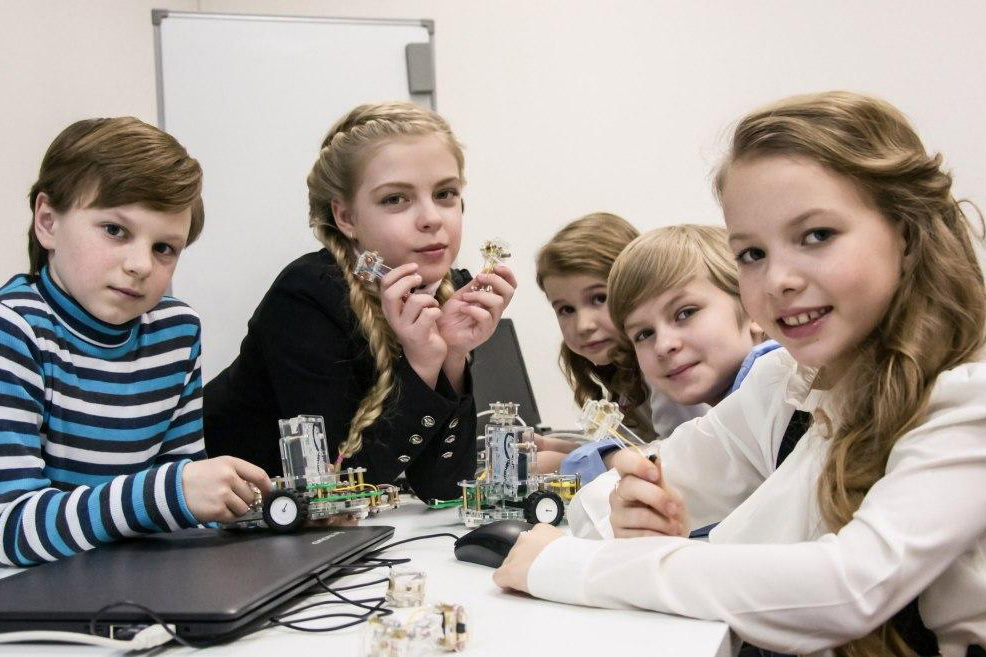 School students  to be trained in the technologies of Industry 4.0