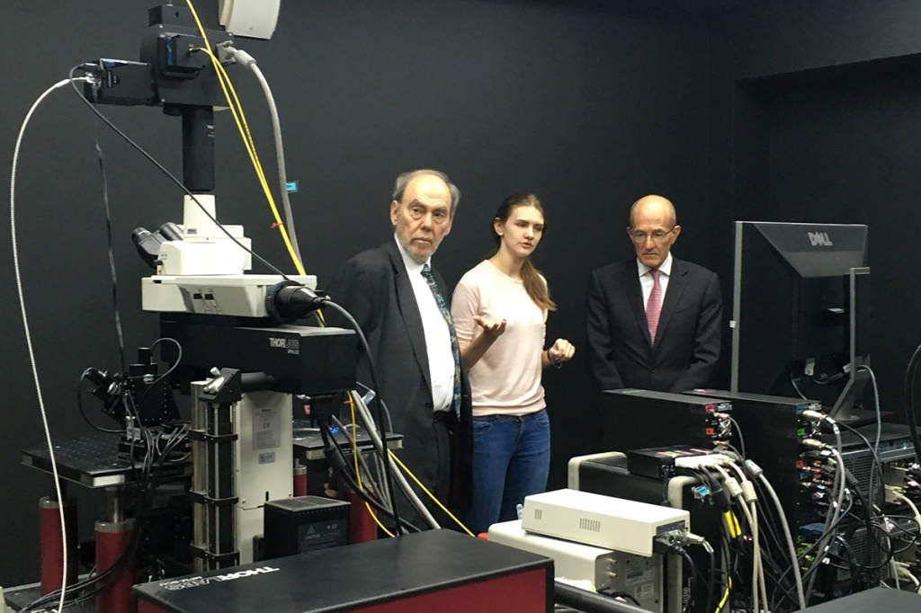 Delegation of the City University London discovers Polytech's scientific infrastructure