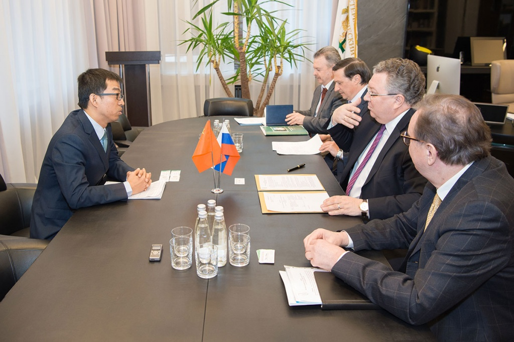 Consul for Science and Technology of the PRC in St.Petersburg Miao Yuan and Rector of SPbPU A.I.Rudskoy Discussed the Cooperation Prospects