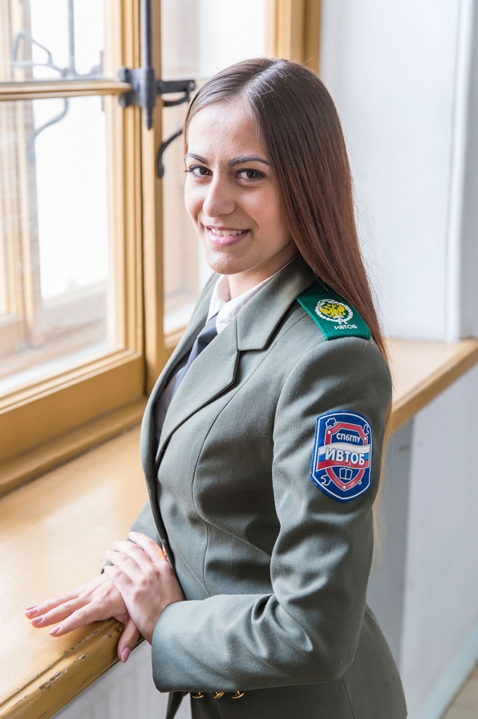 A Girl in the Uniform, or How to Learn Military Art in a Civil University