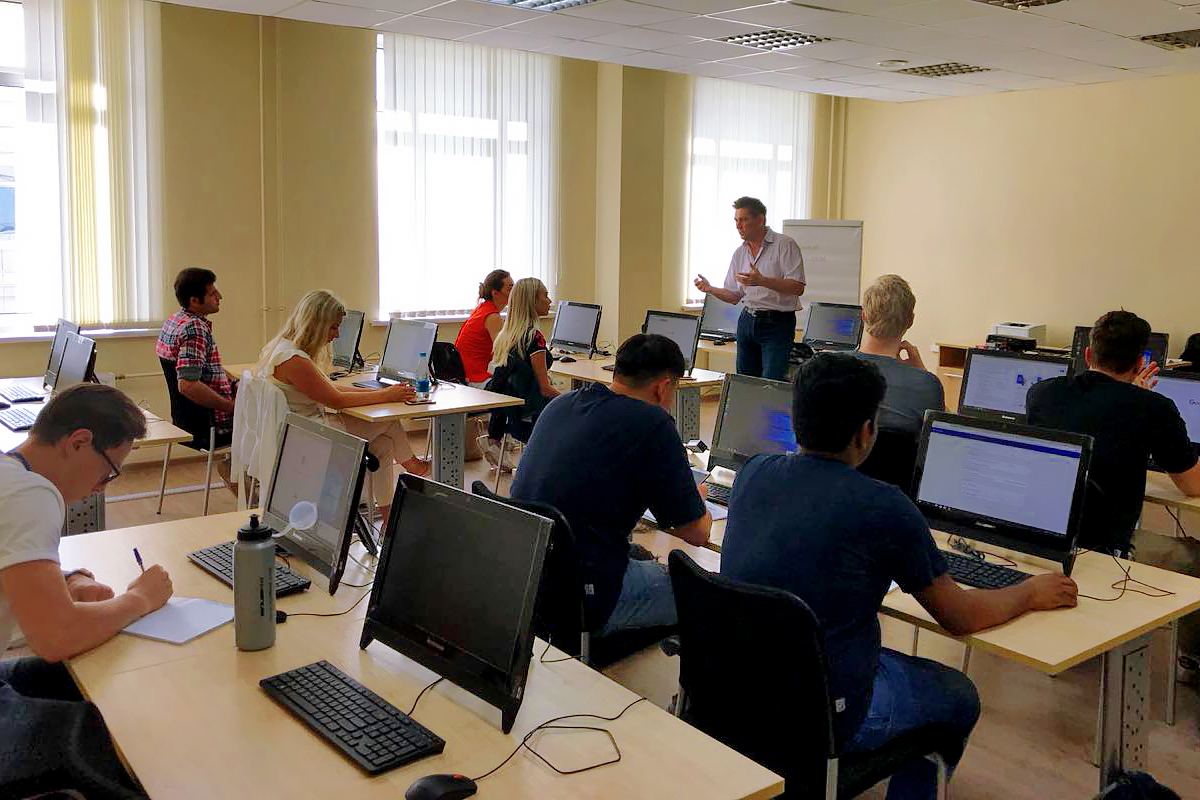 Prominent specialists of SPbPU and Erasmus+ coordinators taught lectures and seminars in logistics for students of the International Polytechnic Summer School