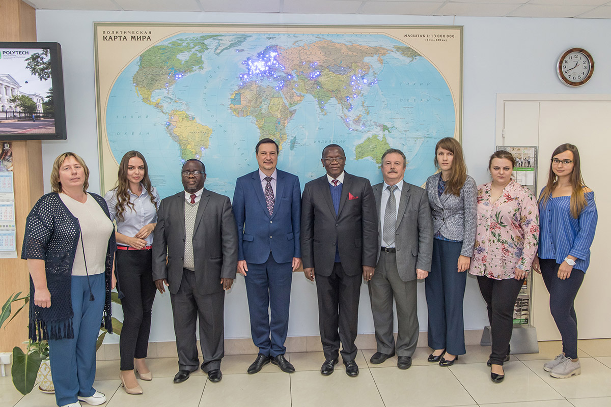 Members of the BIUST delegation met with the representatives of the SPbPU International Services at the Resource Center of the International Campus
