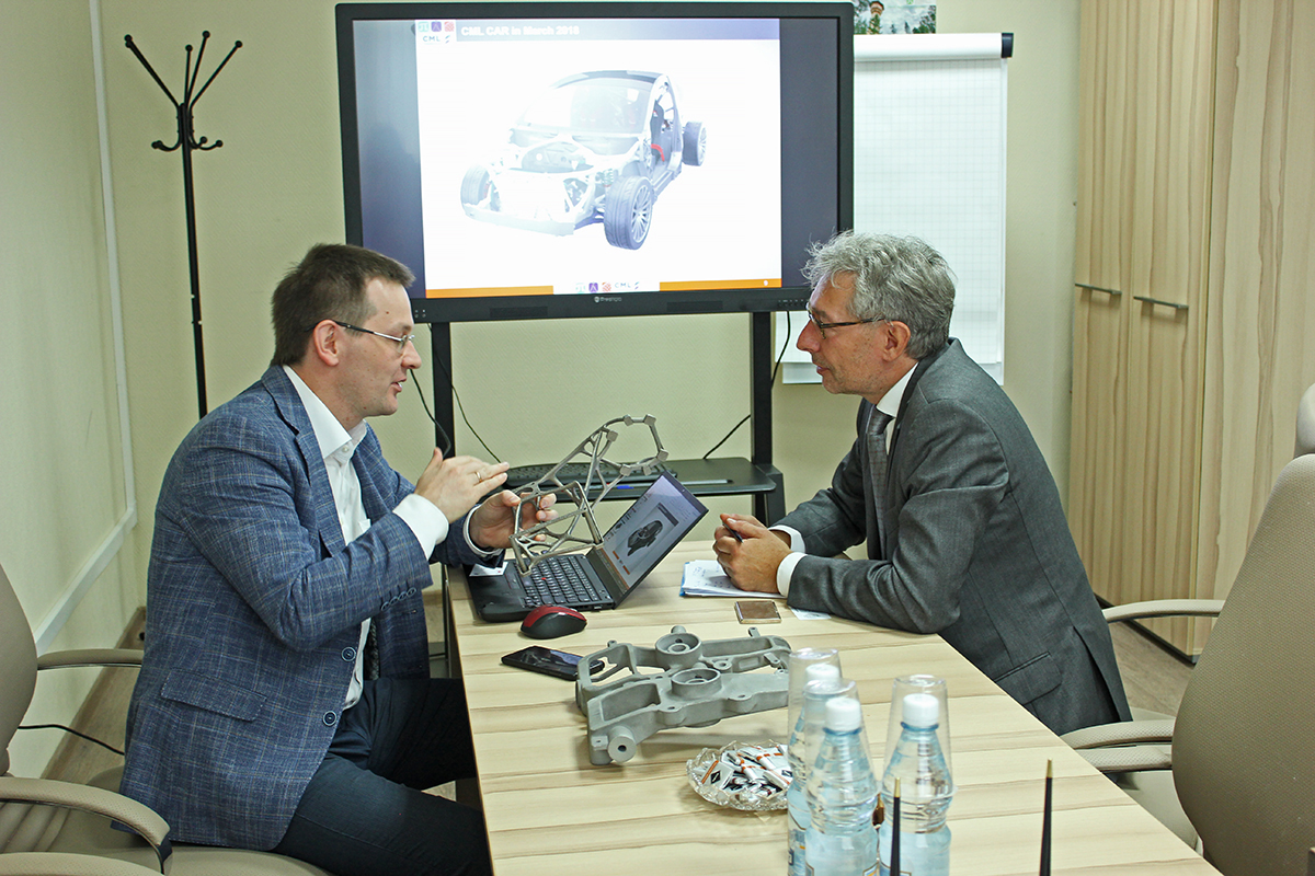 Negotiations between professor Pichler and Deputy Director of the Center Ye.V. Belosludtsev took place at the Center for Computer Engineering