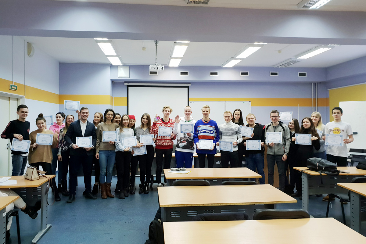 Students of the SPbPU Institute of Humanities received certificates of participation in the international X-Culture Project