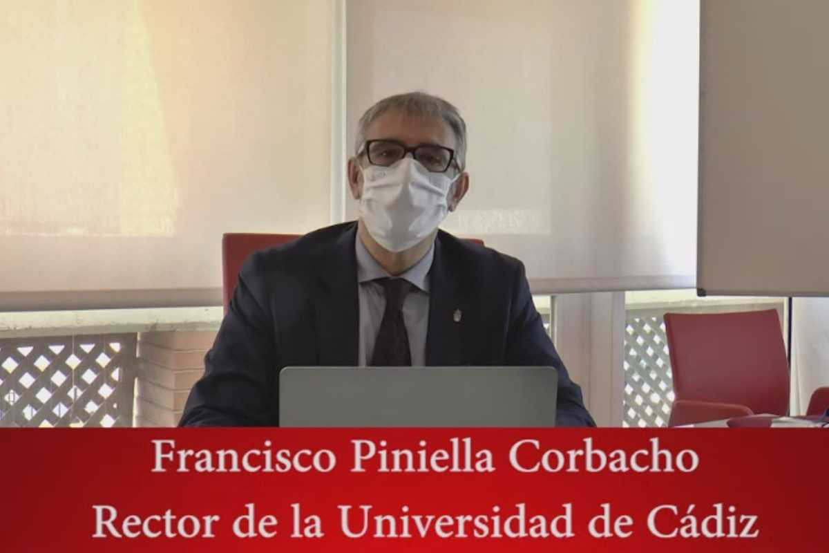 The Rector of the University of Cadiz Francisco Piniella Corbacho welcomed the participants