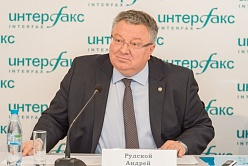 "SPbPU rector at ""Interfax North-West"" news agency tells how international we are"